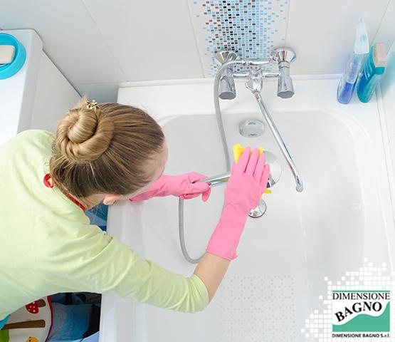 Muffa e umidità in bagno: i consigli per prevenirle