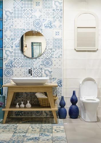 La maioliche sono perfette in bagno se ami lo stile mediterraneo